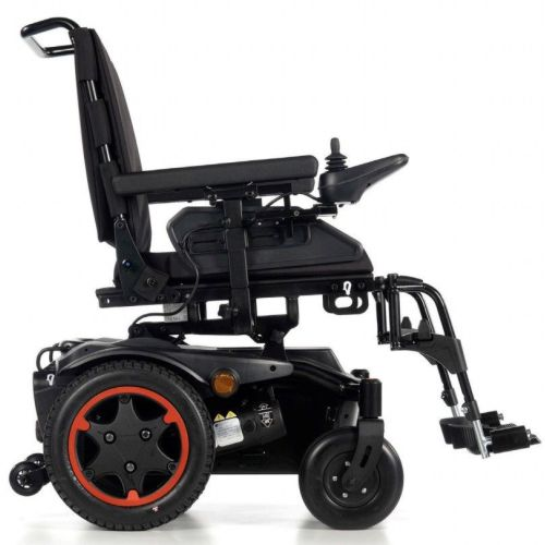 Quickie Salsa Q100R Electric Wheelchair, Powerchair, Side View